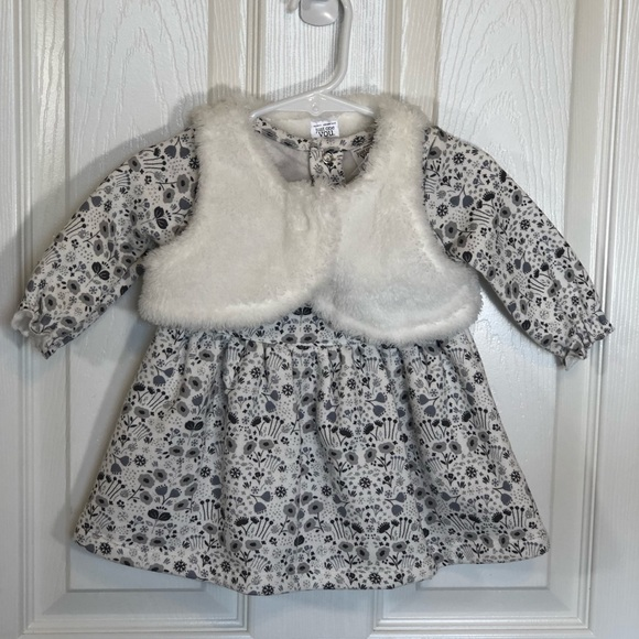 Carter's Other - Carters Girls Dress with Faux Fur Vest 6 mo